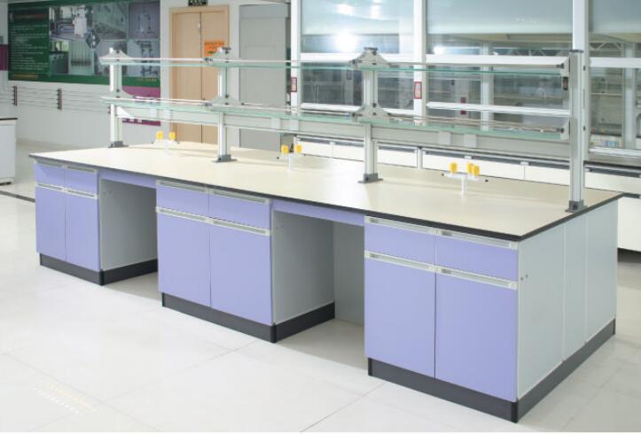 Aluminum-Wood Laboratory Bench